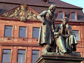 Grimm Denkmal in Hanau
